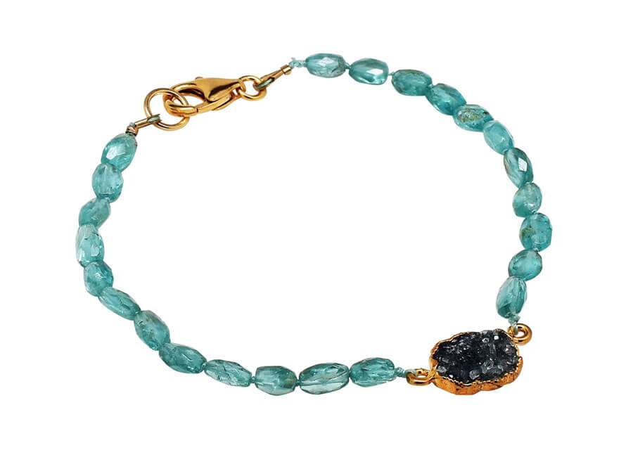Jewelry photographer samples - Gemstone bracelet